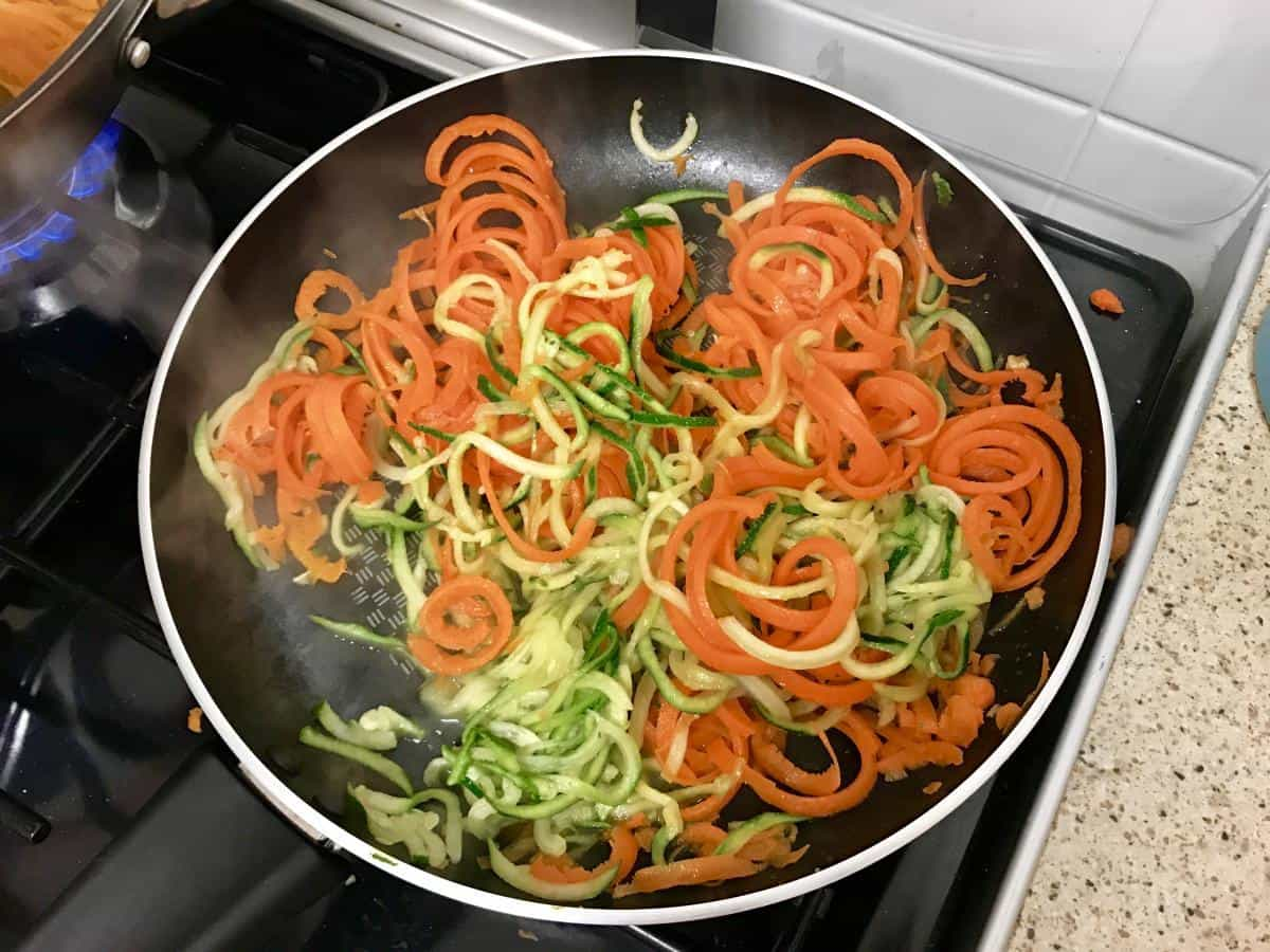 Carrot and courgette cooking